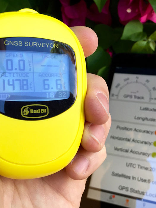 Bad Elf GNSS Surveyor BE-GPS-3300 für iPod, iPhone und iPad